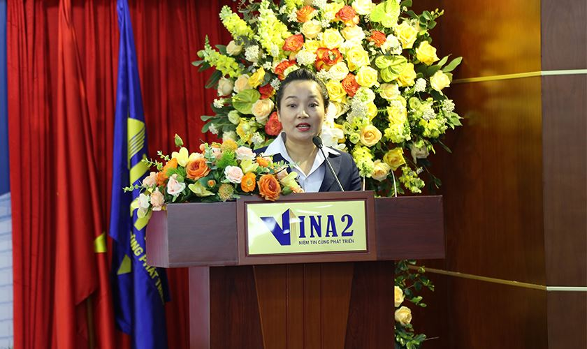 Bà Trương Thị Ái Duyên phát biểu