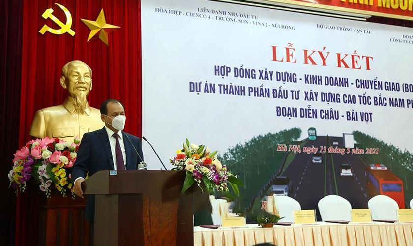 Thứ trưởng Nguyễn Nhật Phát biểu tại buổi Lễ