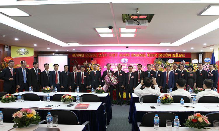 BCH Đảng bộ TCT VINACONEX khóa V, nhiệm kỳ 2020 - 2025 ra mắt tại Đại Hội